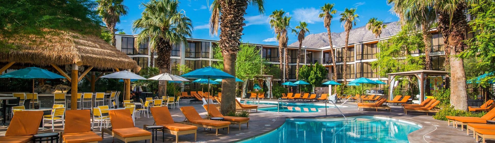 Riviera Palm Springs pool lounge