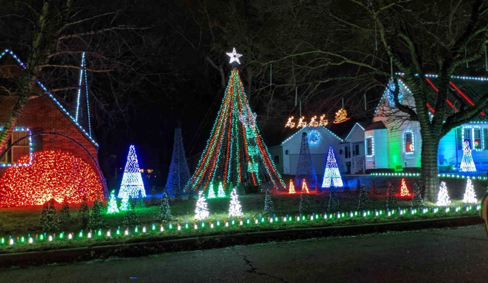 Christmas Lights at the McKinneys' 2020 Wichita