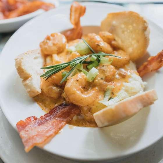 Crevettes et gruau de maïs – Surrey's