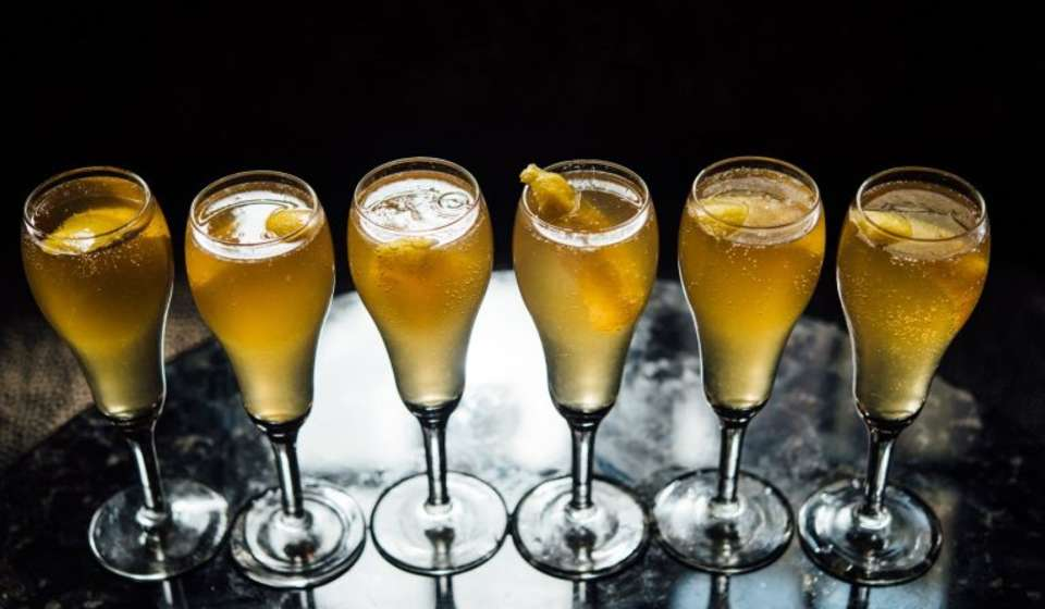 Arnaud's French 75 cocktail
