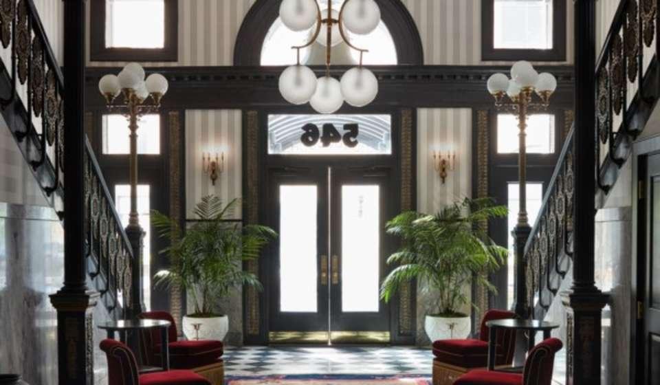 Maison de la Luz lobby