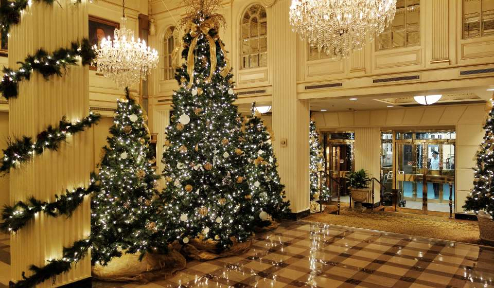 Hotel Monteleone - Christmas Decorations