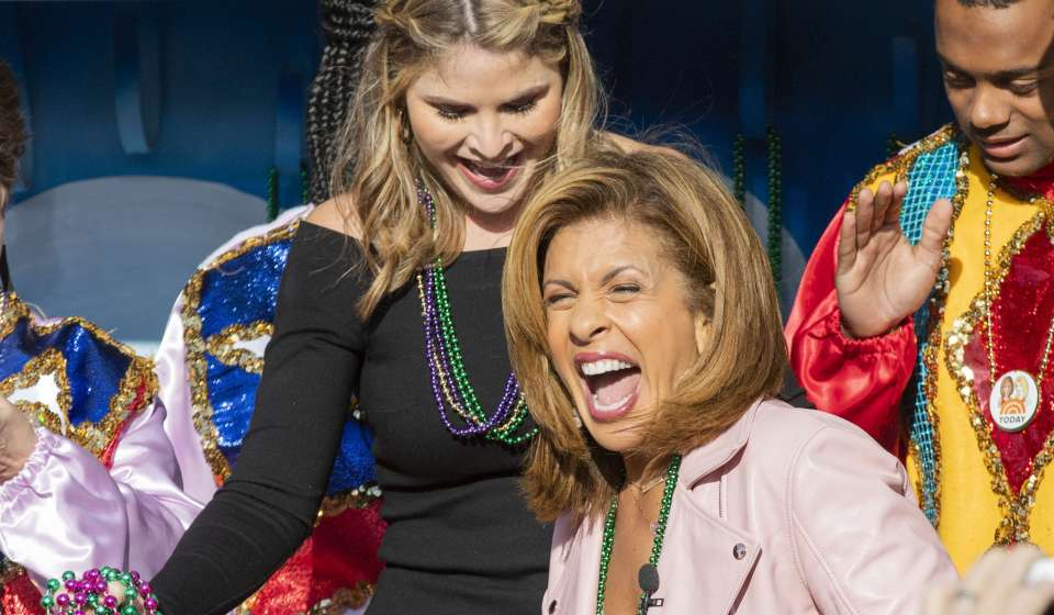 Hoda and Jenna arriving on a float