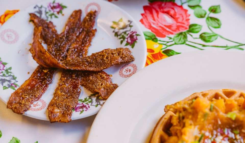 Praline Bacon - Elizabeth's