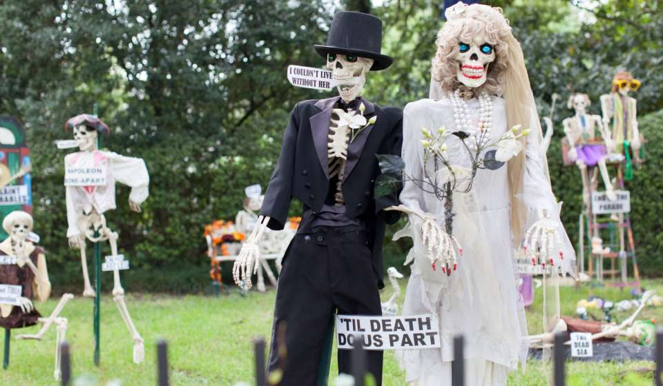 St. Charles Avenue Skeleton House