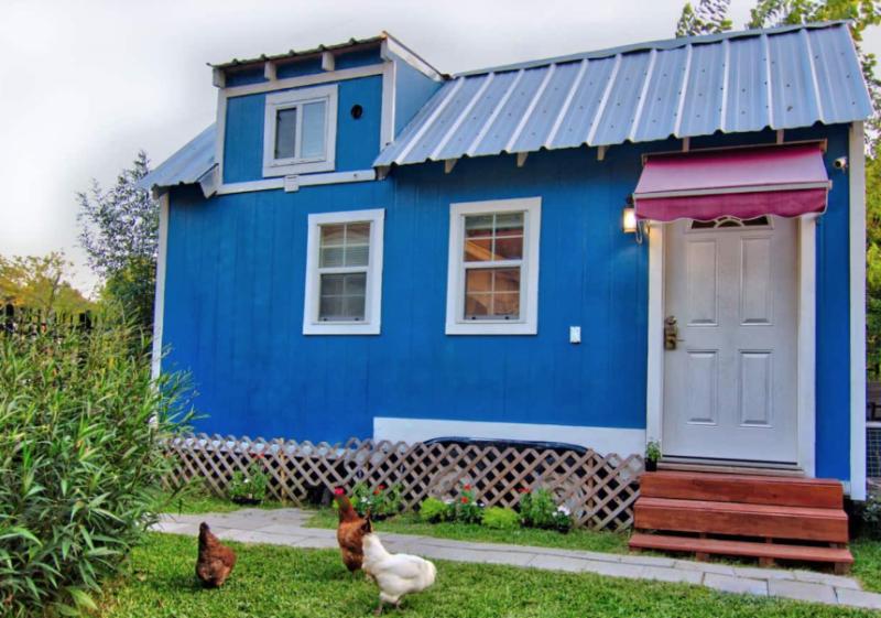 Airbnb Midtown