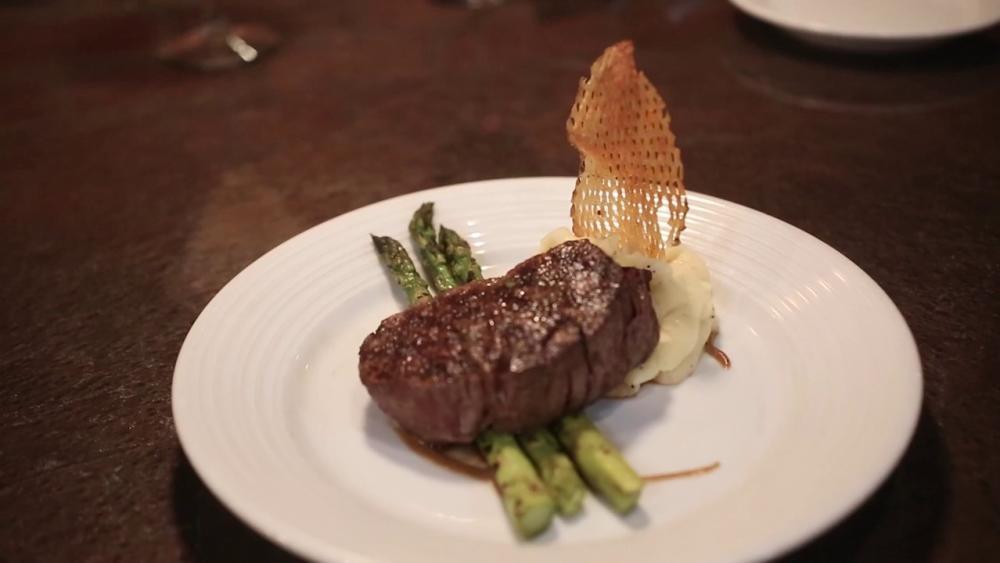 BakerStreet Steakhouse | Visit Fort Wayne