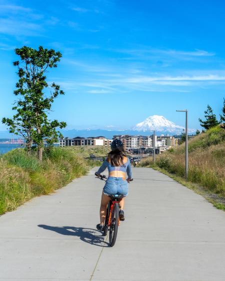 Mountain City Sea Eco Adventure Ruston Way bikes