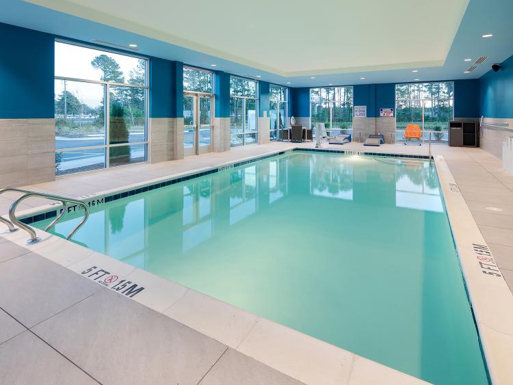 Hampton Inn Smithfield Indoor Pool