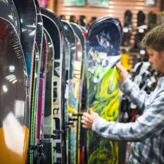 Ski N See Snowboards