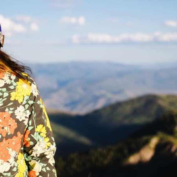 Fall Mountains Flower Jacket Austen Diamond