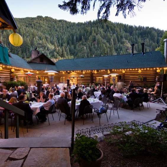 Log Haven Patio Dining