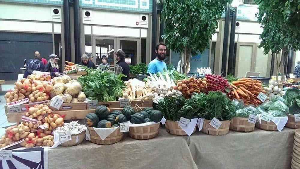 Winter-Farmers-Market-NoCo-FoodCluster-1000x566