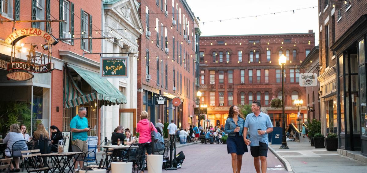 A couple exploring downtown geneva