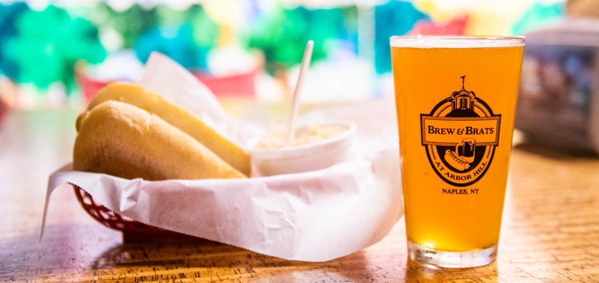 brew-and-brats-naples-interior-beer-brat