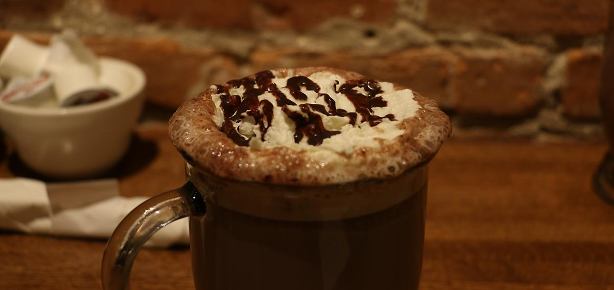 simply-crepes-canandaigua-hot-chocolate