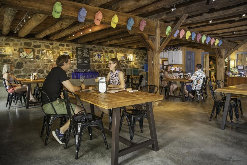 billsboro-tasting-room-interior