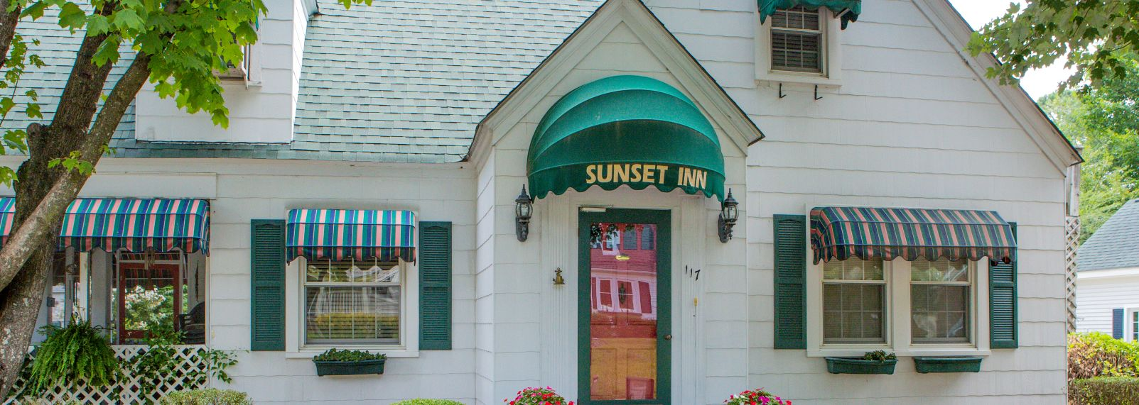 Sunset_Inn_2.JPG