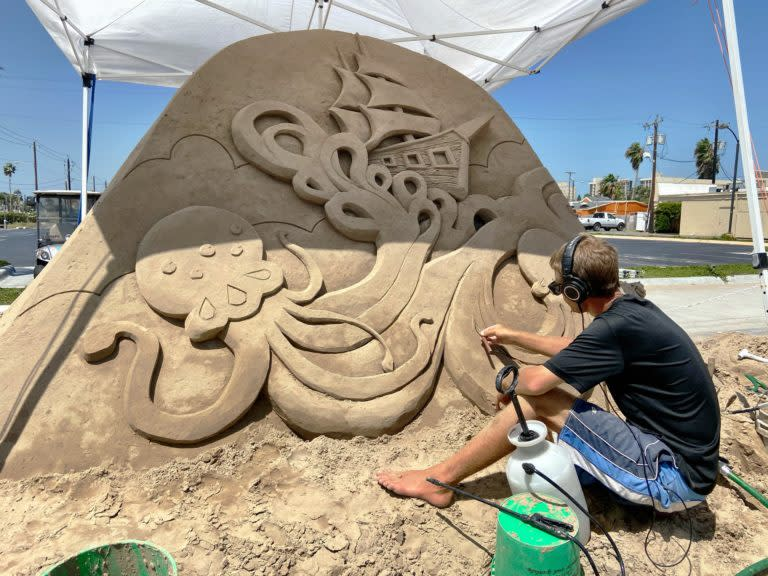 Rough-Seas-sandcastle