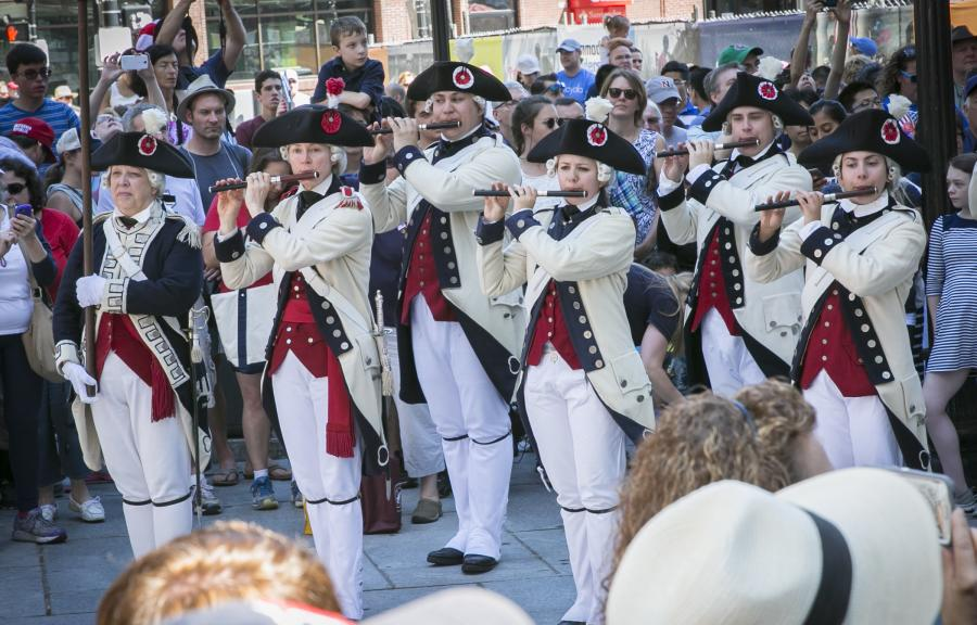 Harborfest 2016 fife players dressed in reenactment clothing