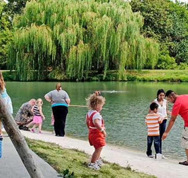 Deanna-Rose-Fishing-Pond-Summer-Activity