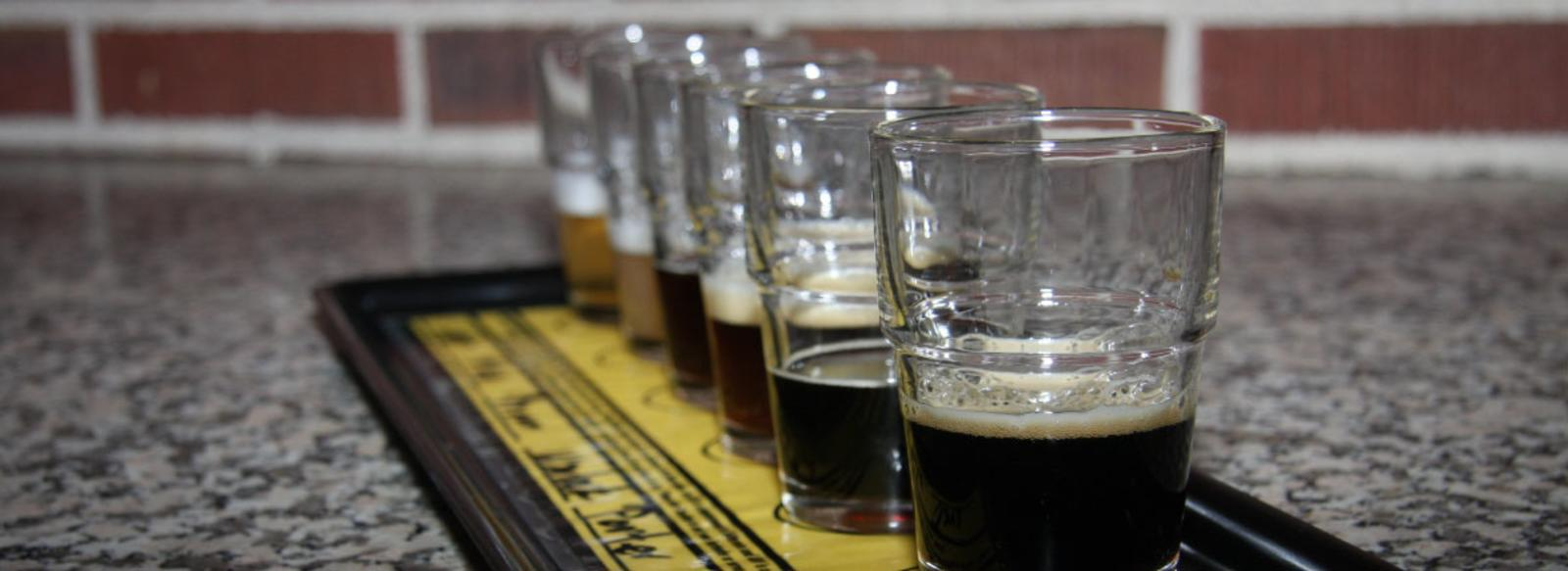 Flight-of-beer-Crown-Brewing-South-Shore-Brewery-Trail