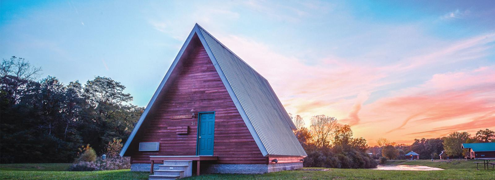 Serenity Springs Cabin - Romantic Getaways Northwest Indiana