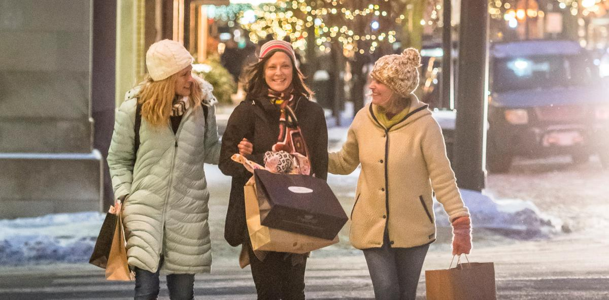 Holiday Shopping in Downtown Traverse City
