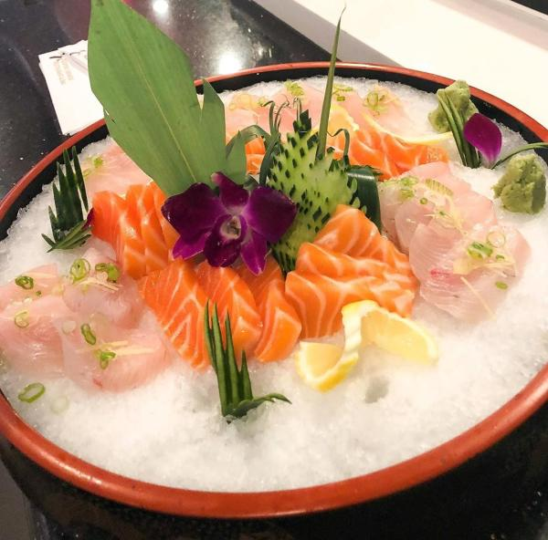 Salmon and yellowtail sashimi at Keepers Japanese Cuisine.