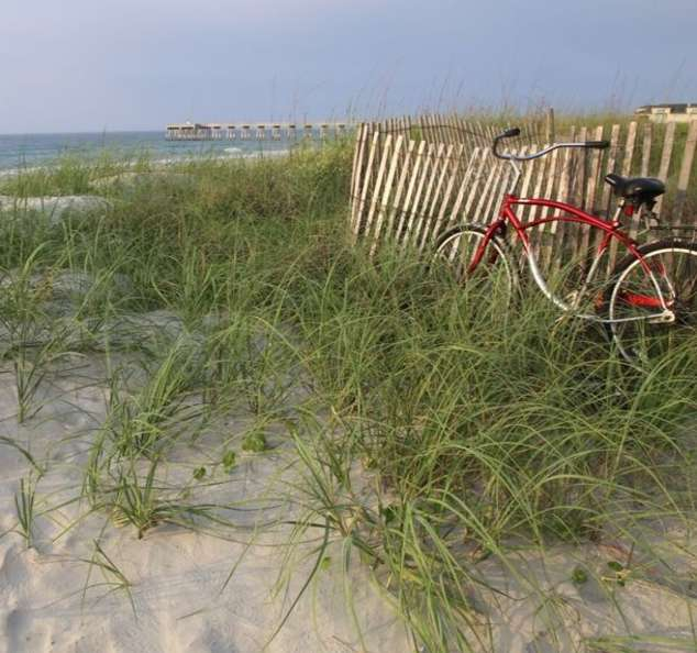 WB Bike by the Beach Bill Russ 2015