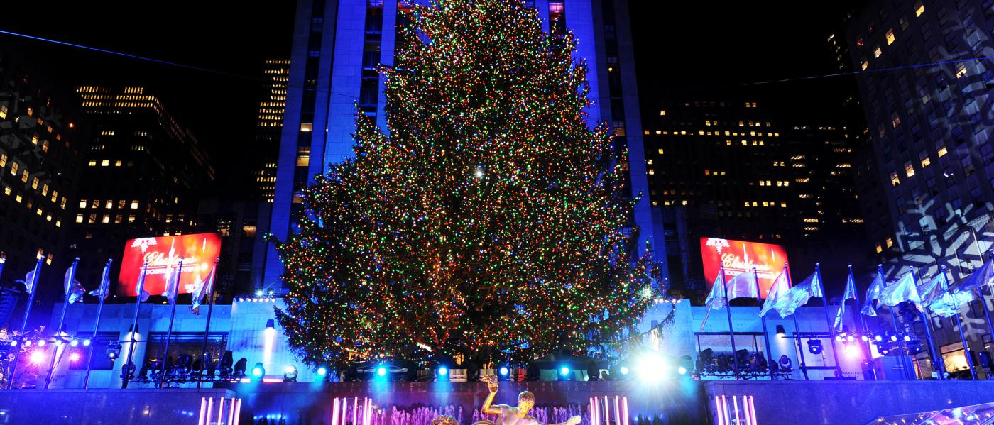 Rockefeller-Tree-Lighting-01-photo-Diane Bondareff-and-AP-Images-for-Tishman Speyer
