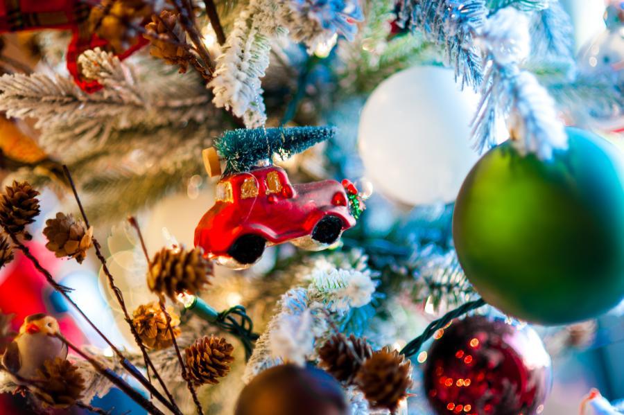 BridgeStreet Christmas Generic