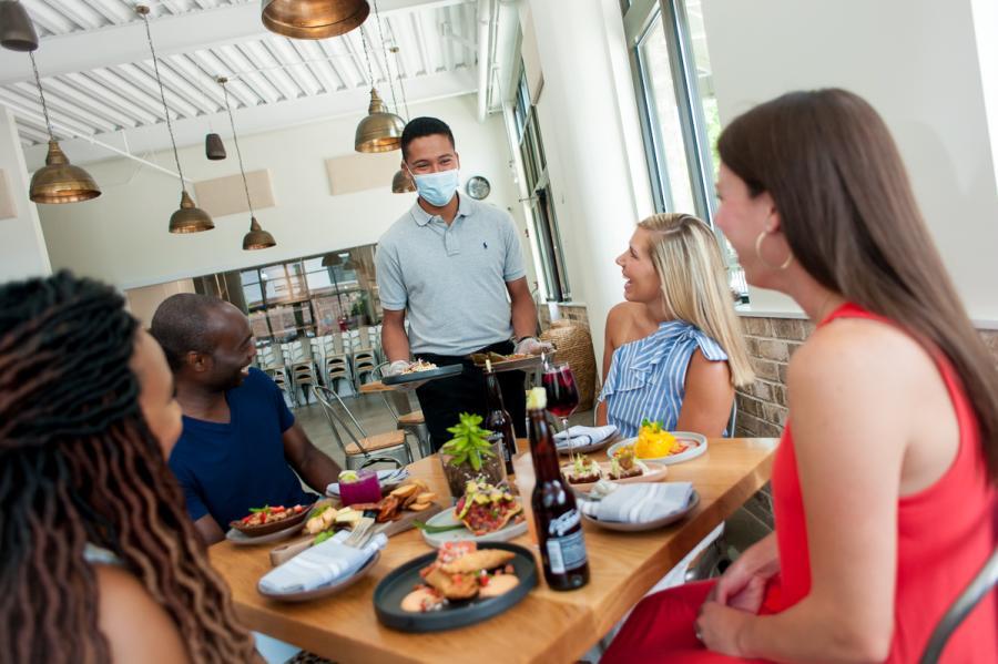 La Esquina Cocina Restaurant Table