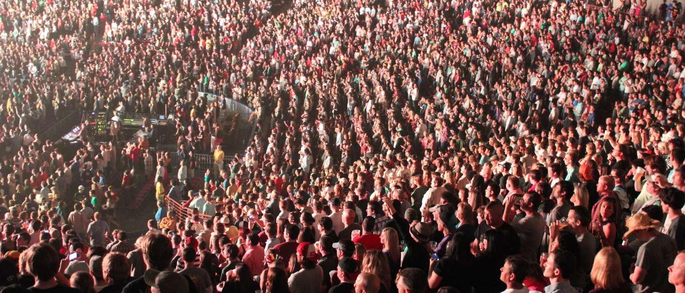 RHCP-crowd