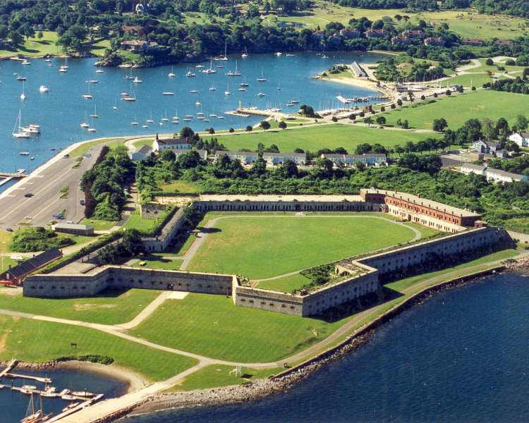 Fort_Adams_State_Park.jpg