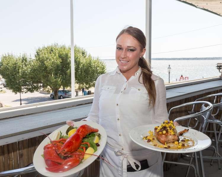 Oakland Beach Dining-Warwick