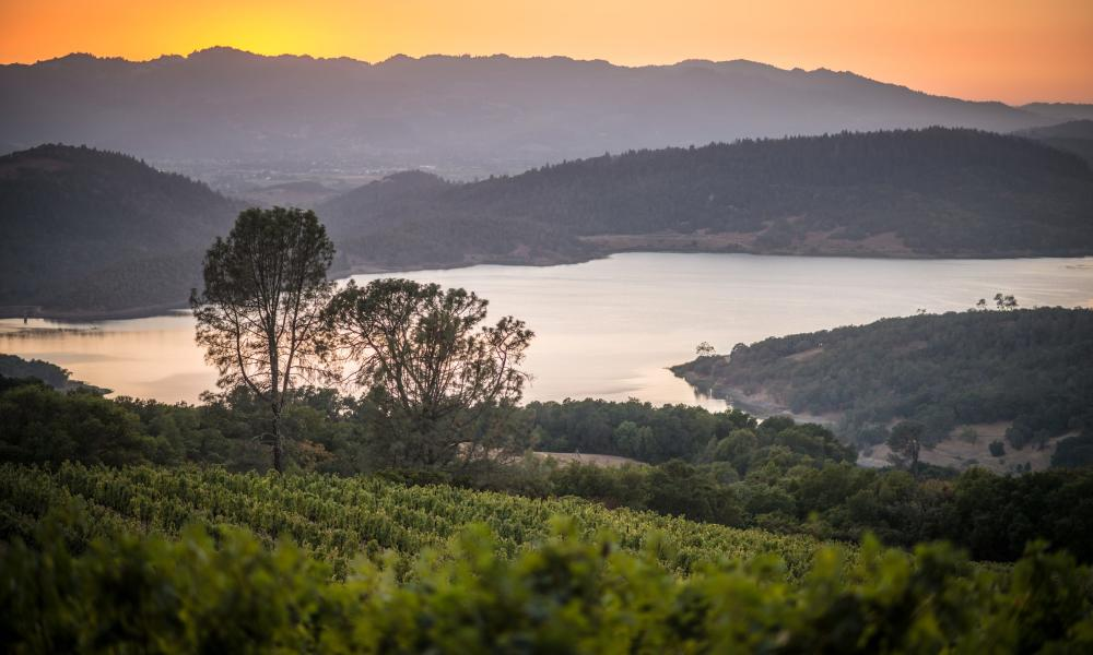 Lake Hennessey in Napa Valley