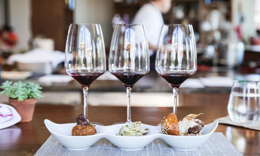 Top 10 Things to do in Napa Valley for Food Lovers – B Cellars Food & Wine Pairing