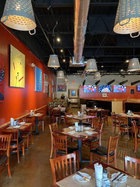 Annapolis Smokehouse and Tavern interior shot