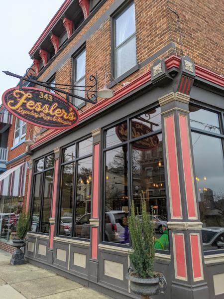 exterior photo of fessler's legendary pizza and hoagies in bellevue ky