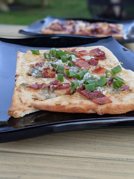 three spirits tavern flatbreads