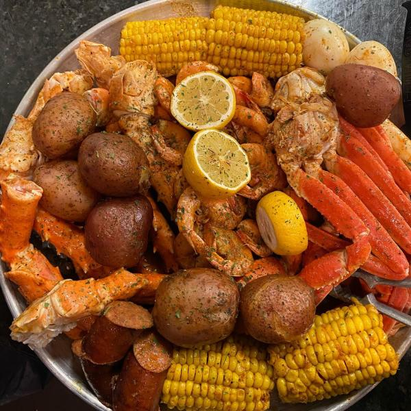 Seafood from Boiling Tails Co