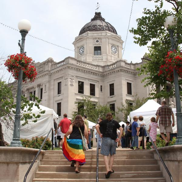 Cropped Arts Fair on the Square