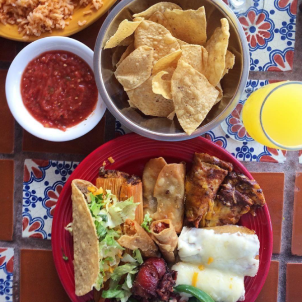 A combo plate with chips and salsa on the side from Mattito's in Irving, TX