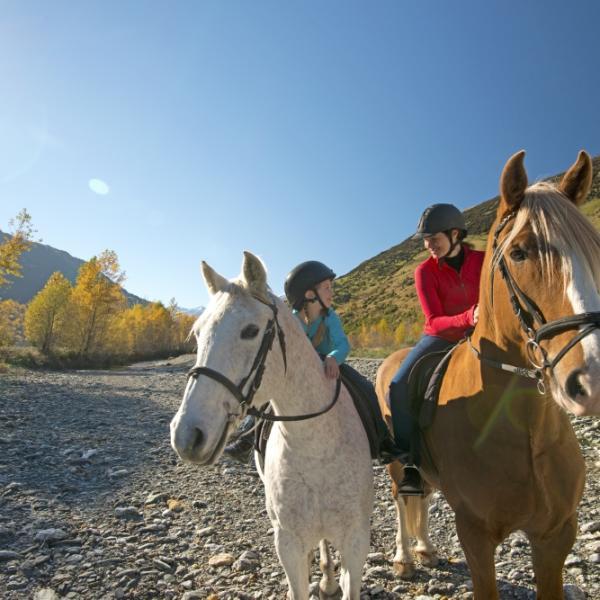 Horseriding in Glenorchy