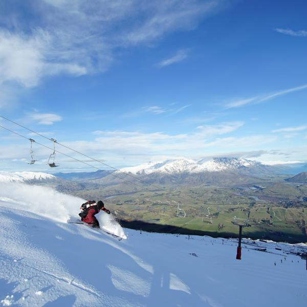 Skiing during spring in Queenstown