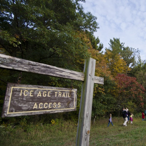 Hiking, outdoors, fall