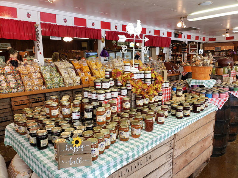 Wiard's Orchard & Country Store