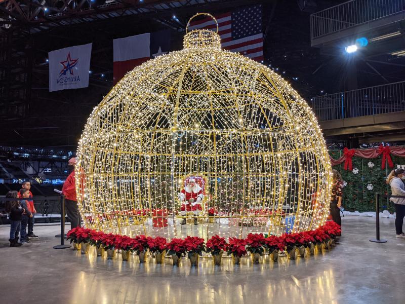 Photo of Santa in a light up ornament at Luminova Holidays