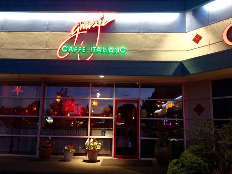 Grazie Ristorante Italian Restaurant in Tukwila Entrance